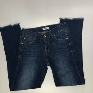 Kensie frayed straight leg step hem jeans